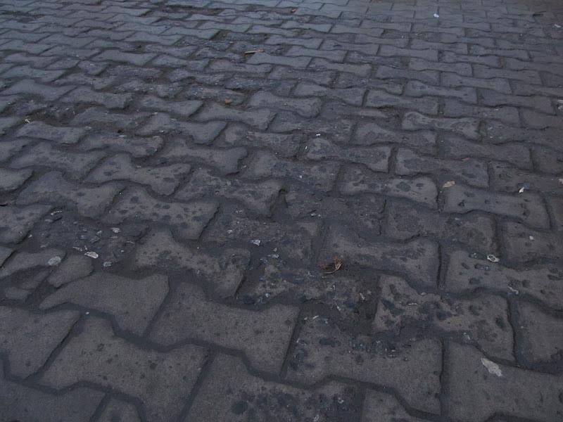 О том, почему не надо делать покрытие велодорожек из плитки или особенности будущей велодорожки пр. Мира - ул. Псковская