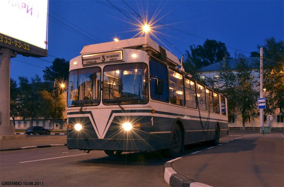 Троллейбус ЗиУ-682 в Великом Новгороде