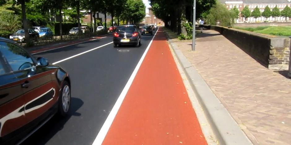 Велосипедам – красную дорожку