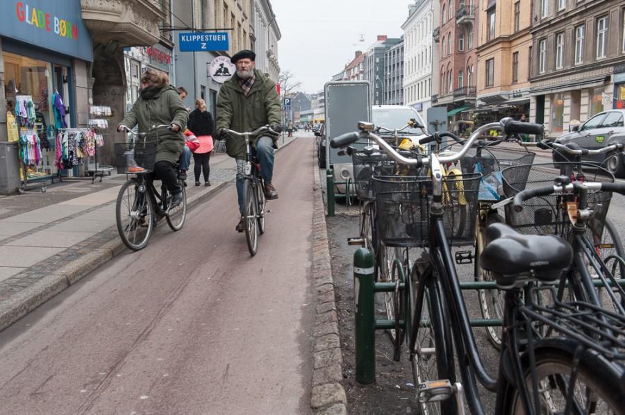 Так все-таки кому нужны велодорожки?