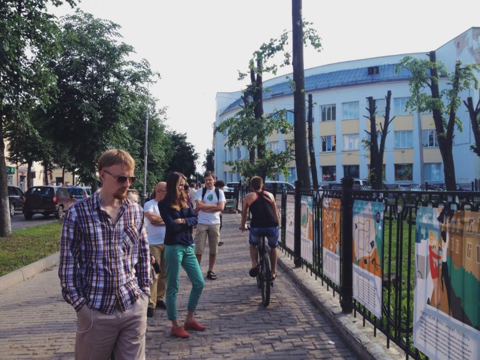 """В Великом Новгороде открылась уличная выставка """"20 идей — городу для людей"""""""