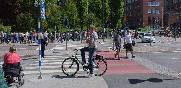 Почему в Швеции самые безопасные в мире дороги